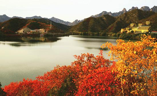 密云雾灵湖秋景